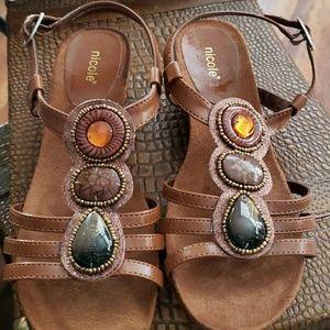 Nicole Sandals Size 8M